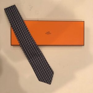NWOT Authentic Hermès Silk Top Hat Print Tie